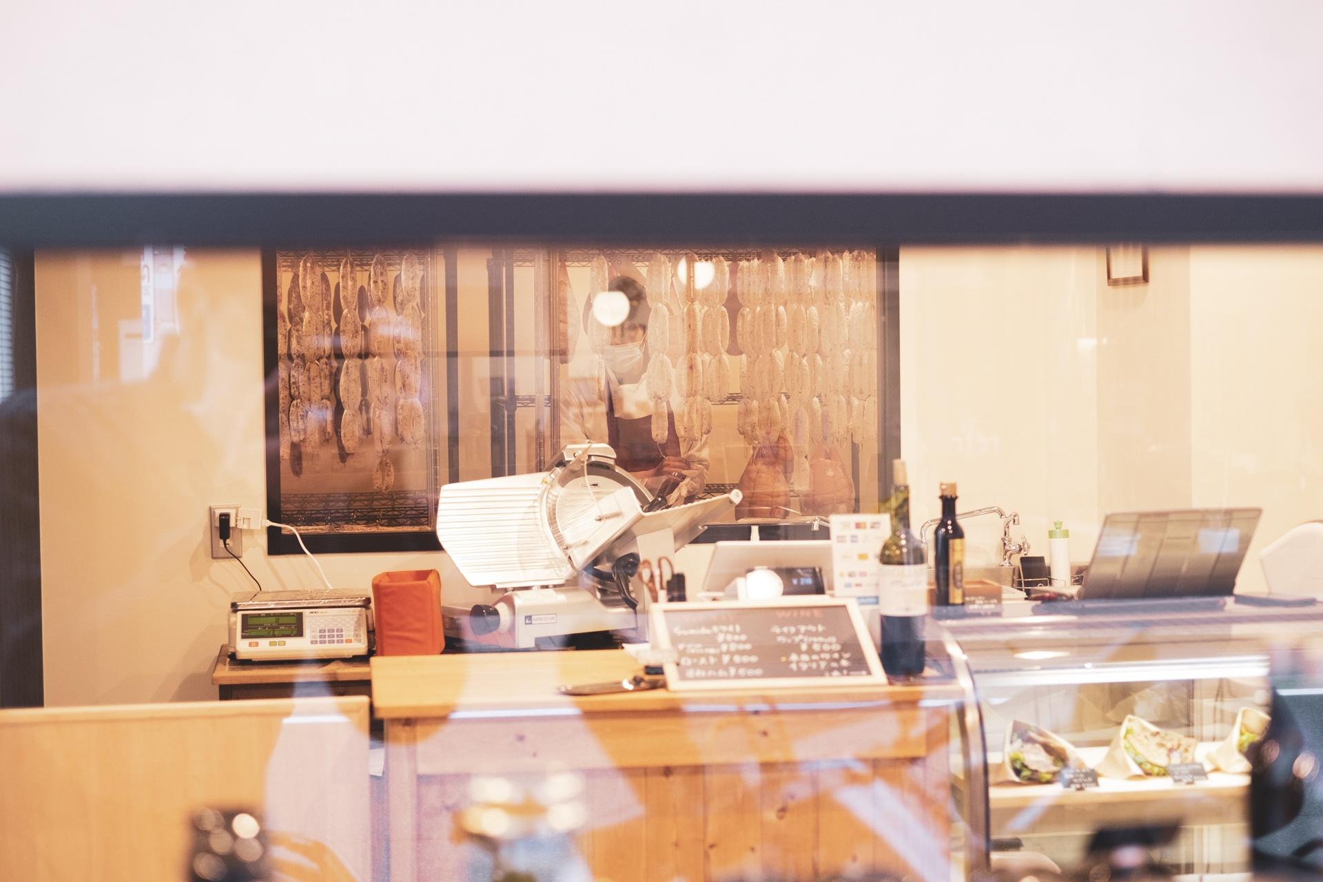 Otis 生ハム、サラミの製造工房オーティス
